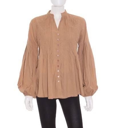 Camisa Mujer – Wanda Plisada en Color Camel de Segunda Mano