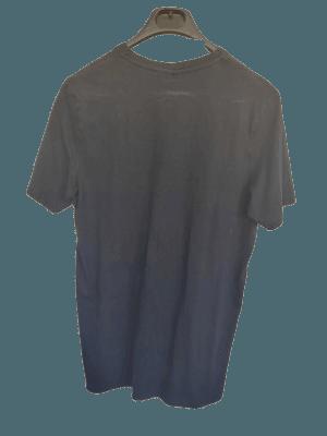 Camiseta hombre azul.