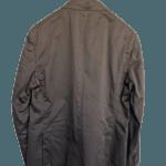 Chaqueta Massimo Dutti marrón con un bolsillo delantero para pañuelo y dos falsos bolsillos. Talla 58. ETIQUETA DE TIENDA.