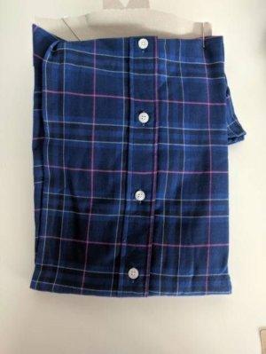 Camisa Solera azul marino, con líneas rosas y blancas sobre cuadros azul oscuro. ETIQUETA DE TIENDA
