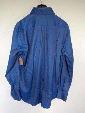 Camisa Credo azul brillante con diminutos puntos. Puños reversibles azul oscuro. Talla XL